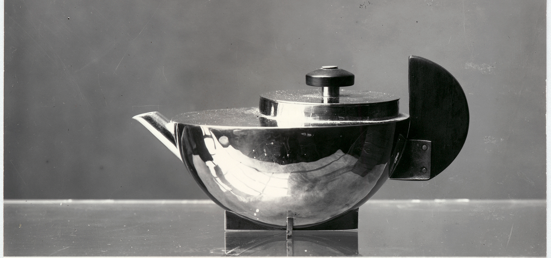 photograph of a Tea infuser from 1924